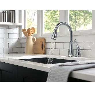 Delta-978-DST-Running Faucet in Spray Mode in Arctic Stainless